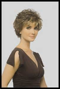 mod 232 le coiffure cheveux court pour femme 50 ans