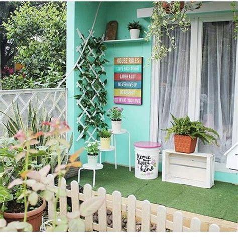 contoh dekorasi teras rumah minimalis terbaru