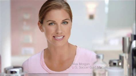 actress in lock the buick commercial who is the actress buick enclave commercial html autos post