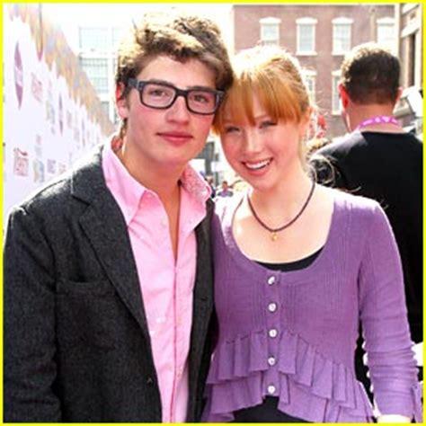 who is molly c quinn dating molly c quinn boyfriend gregg sulkin molly quinn power of youth pair 2010