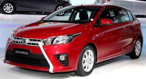 Lu Depan Mobil Yaris Foto Toyota Yaris 2013 Terbaru