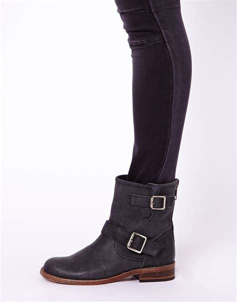 steve madden tokken leather biker boots in black lyst