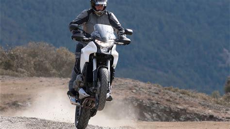 Cross Motorr Der Videos by Video Honda Crosstourer Test Ride Action Video