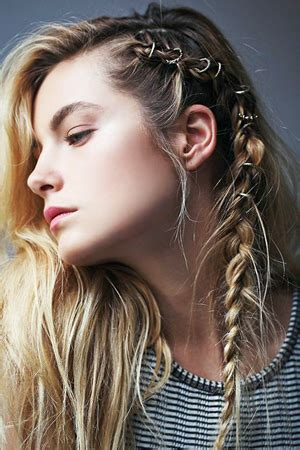 Hairstyles For Hair For Picture Day by Second Day Hairstyles Beautyriot