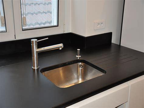 plan de travail cuisine composite plan de travail de cuisine en quartz les surfaces en