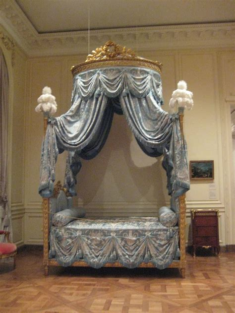 royal beds royal bed fancy beds bed rooms pinterest royals