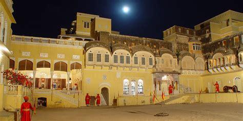 Luxury Dining Rooms by Luxury Hotels In Mandawa Jhunjhunu Castle Mandawa Rajasthan