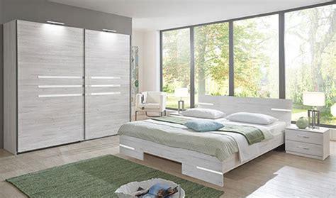 chambre a coucher blanc design meubles chambre des meubles discount pour l am 233 nagement