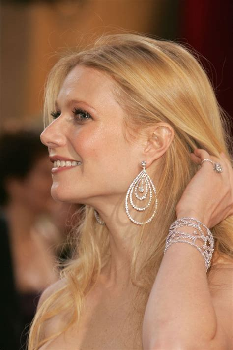 Whose Glittering Oscars Earrings Are Most Fab by 424 Best Images About Gwyneth Paltrow On Great