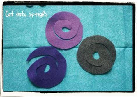 come fare i fiori di pannolenci tutorial vasetto di fiori in pannolenci paperblog