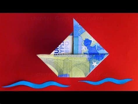 filmpje bootje vouwen geld vouwen bootje vouwen van geld boot vouwen