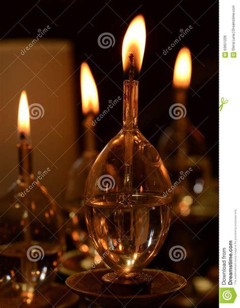 candele a olio candele dell olio fotografia stock immagine di religione