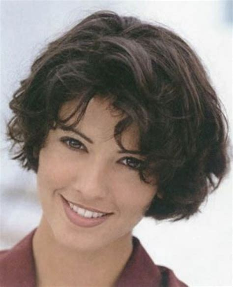 stacked bob haircut pictures curly hair short stacked bob hairstyles with wavy hair cool
