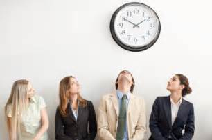 how to transform client waiting time into sale