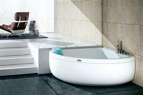 pulire vasca idromassaggio come pulire una vasca idromassaggio in poche mosse