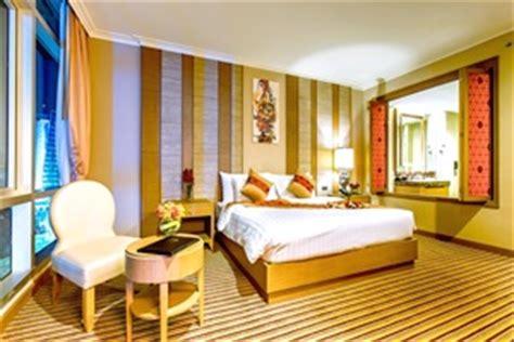 Corner Bath And Shower hotels 2 thailand expert thailand travel