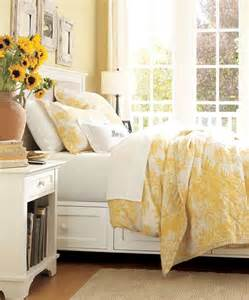 Yellow White Bedroom Matine Toile Duvet Cover Amp Sham Marigold Pottery Barn