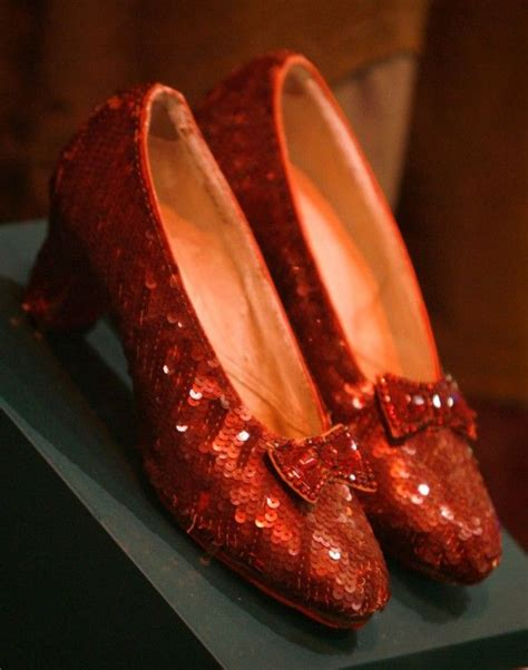 Look Sought Found Ruby Slipper Finds The Gweneth Look For Less Second City Style Fashion by Best 25 Judy Garland Ideas On Judy Garland
