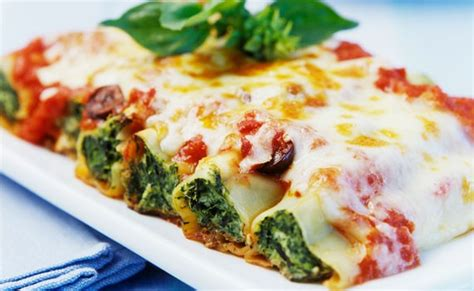 come cucinare i cannelloni al forno cannelloni ripieni 10 ricette facili e gustose per