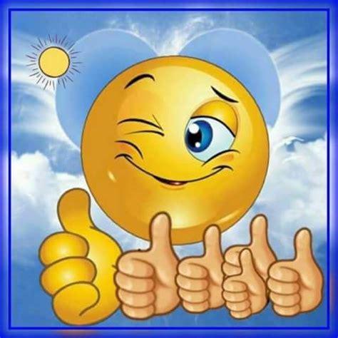 wallpaper emoji sedih 451 best smile images on pinterest smiley faces smileys