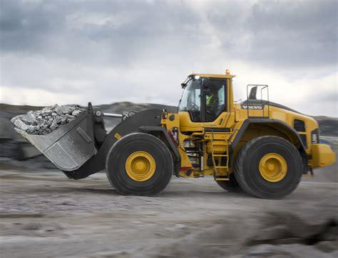 volvo l250h wheel loader makes light of heavy