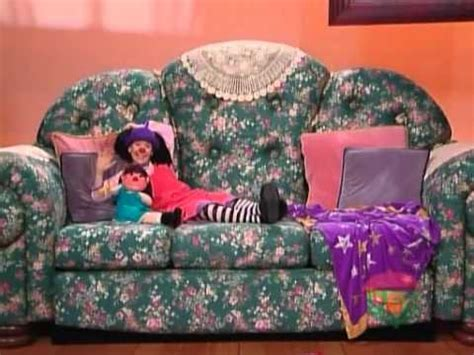 the girl and the big comfy couch loonette etcetera old road apples