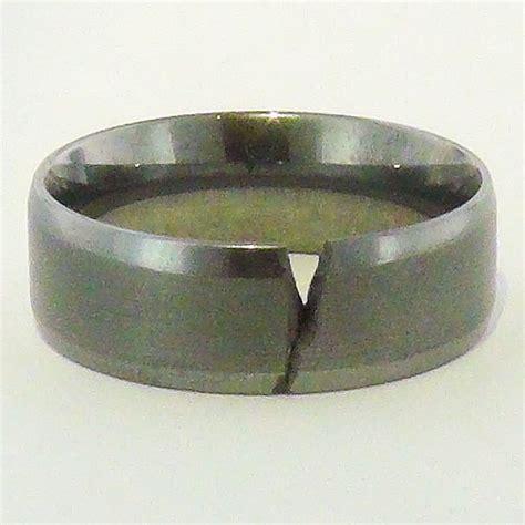 alternative metals vs precious metals for wedding bands