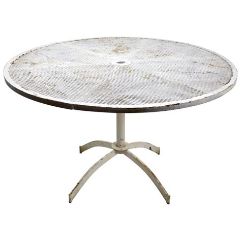 Mesh Top Patio Table Garden Patio Dining Table With Mesh Top Attributed To Woodard At 1stdibs