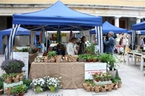 co dei fiori roma mercato quot festa dei fiori quot e quot mostra mercato della maresina quot a