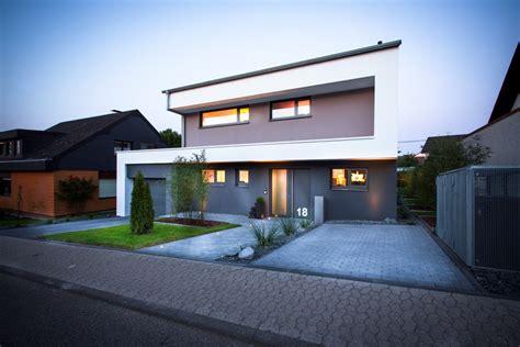 Haus Mit Veranda Neubau by Neubau Haus Brunnh 252 Bner Brey Ternes Architekten Koblenz