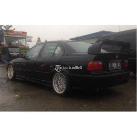 Accu Mobil Bmw 318i mobil sedan bmw 318i e36 m40 tahun 1991 black second harga murah jawa barat dijual tribun