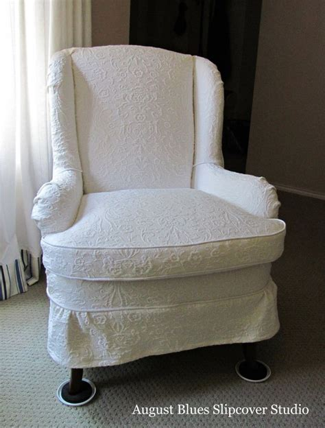 recliner reupholstery cost 25 best ideas about furniture reupholstery on pinterest