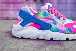 colorful nike this colorful nike air huarache is summer ready