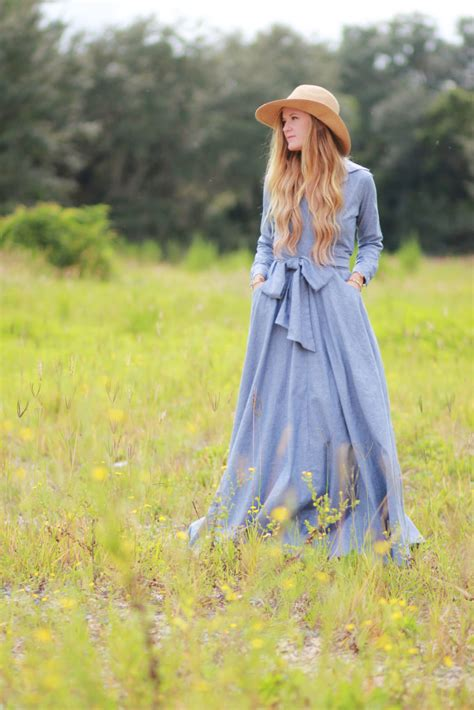 shabby apple chambray dress upbeat soles florida fashion blog