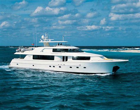 catamaran boat vacations caribbean yacht vacations