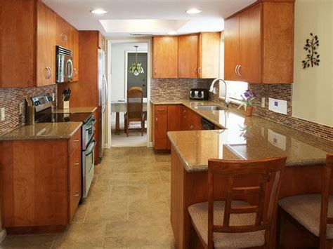 Small Narrow Kitchen Design by Kitchen U Shaped Kitchens With Peninsula 105 Galley