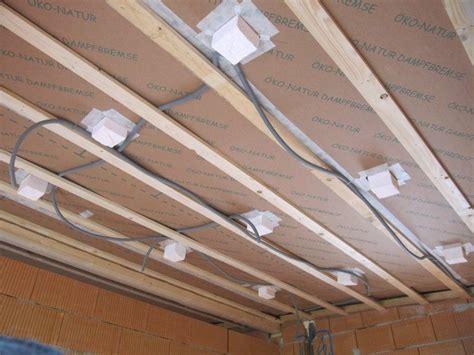 Decke Mit Spots by Decke Abh 228 Ngen Bad Bauforum Auf Energiesparhaus At