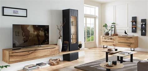 mobili da soggiorno bassi soggiorno con un arredamento moderno e mobili di legno
