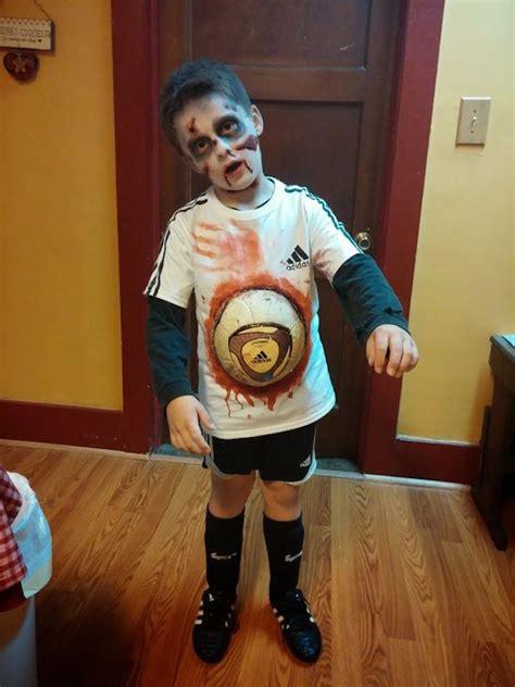imagenes de halloween zombis disfraz de zombie 7 ideas para un disfraz casero pequeocio