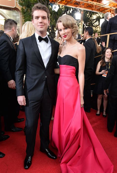 how tall is taylor swift s brother taylor swift took her brother to the golden globes because