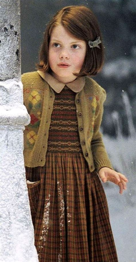 narnia film parts quot narnia quot lucy lpost sweater 2005 narnia pinterest