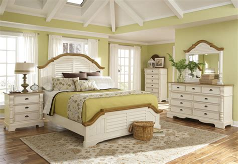 cottage bedroom furniture white white cottage bedroom furniture sets raya pics off queen