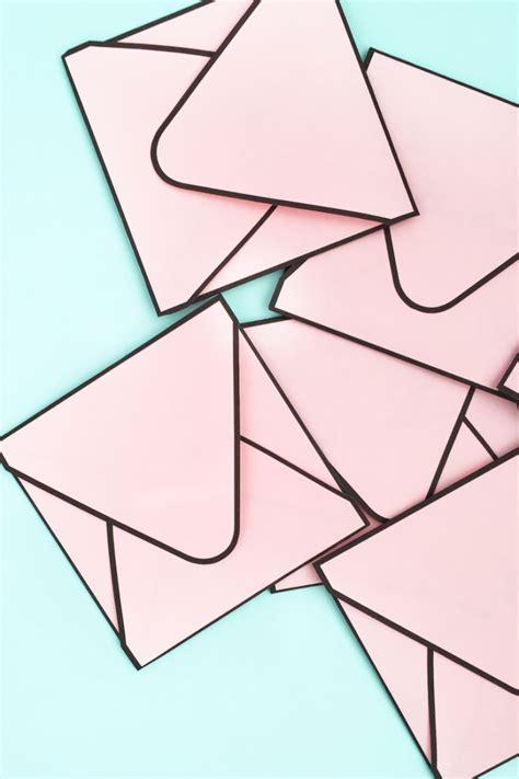 printable envelope borders diy envelopes with borders craftbnb