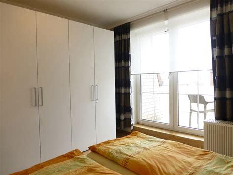 schlafzimmer einrichten braun