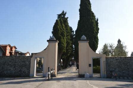 ufficio dei defunti commemorazione dei defunti gli orari dei cimiteri e le