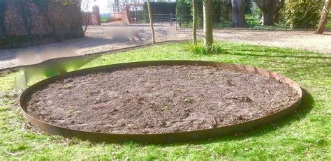 Metal Landscape Edging Uk Garden Products Ornamental Metalwork Norfolk Estate