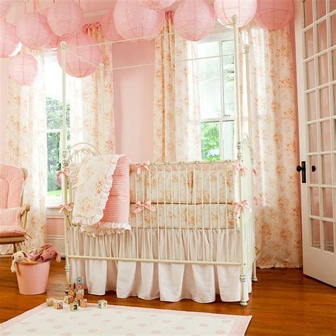 shabby chic baby bedroom in pink