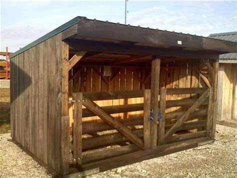 25 best ideas about pallet barn on pallet