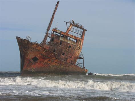 imagenes de barcos misteriosos barcos hundidos taringa