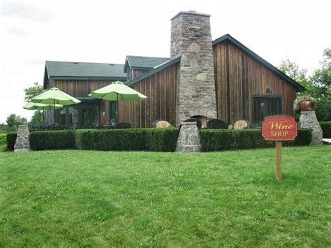 beamsville bench wineries hidden bench vineyards winery beamsville ontario award winning top tips before